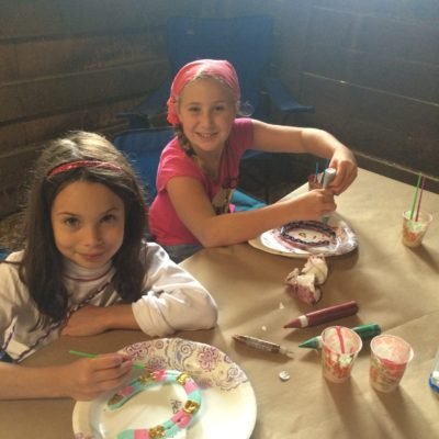 Arts and Crafts: painting a horse shoe
